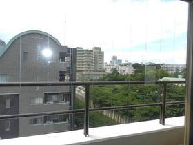 ジョイフル栄光 701号室のバルコニー