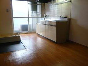 いつみハイツ 205号室のキッチン