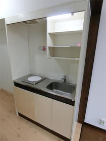 レジデンス駒沢 103号室のキッチン