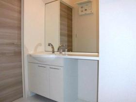 サンパレス宮前 102号室の洗面所
