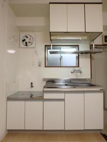 チェリーハイツ 202号室のキッチン