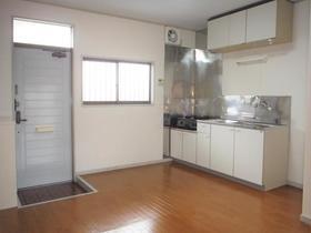 第一コーポタナカ 205号室のキッチン