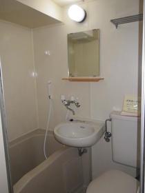 ユースフル祐天寺No1 402号室の風呂