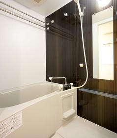 エクサム自由が丘 201号室の風呂