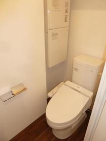 LEGALAND NISHIKOYAMA 501号室のトイレ