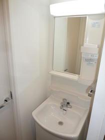 LEGALAND NISHIKOYAMA 501号室の洗面所