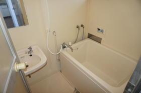 ファミユK 202号室の風呂