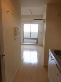 HF駒沢公園レジデンスTOWER 1105号室の収納