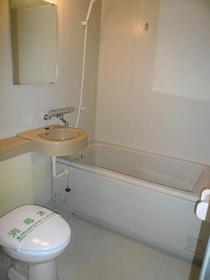 グリーンヒル鷹番 103号室の風呂