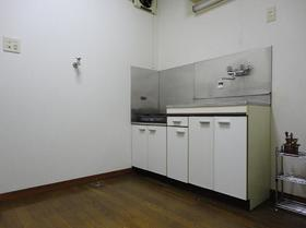 希望荘 203号室のキッチン