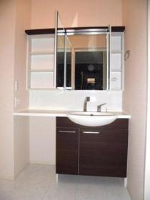 ペイサージュ箕田 102号室の洗面所