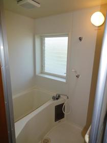 ブルックハウス C-101号室の風呂