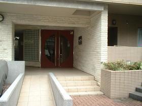デュオ・スカーラ渋谷 405号室のエントランス