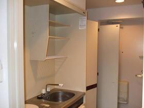 アスペンヒルズ 210号室のキッチン