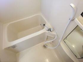 メゾン・ボナール 206号室の風呂