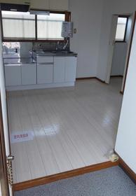 柳川アパート 201号室のキッチン
