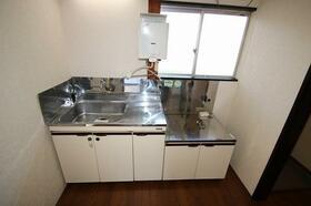 秋谷ビル 201号室のキッチン