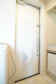 保土ヶ谷エンリケの杜 203号室の玄関