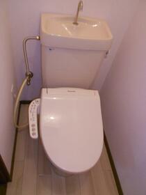 パークビレッジセヤマ 201号室のトイレ
