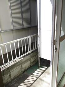 メゾン中尾第5 109号室のバルコニー