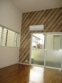 メゾン中尾第5 109号室の居室
