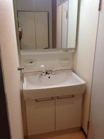 プレンディ西千葉 102号室の洗面所