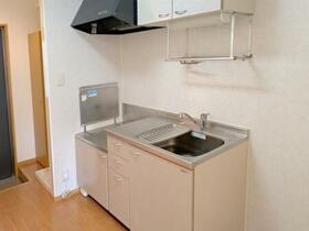 メゾン・ボナール 106号室のキッチン