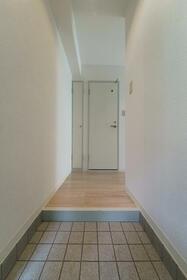 カスガヒルズ 201号室の玄関