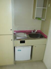 ベルメゾン 202号室のキッチン