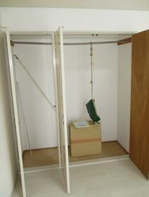 ベルメゾン 202号室の収納