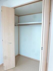 ラピス・スクェア D102号室の収納
