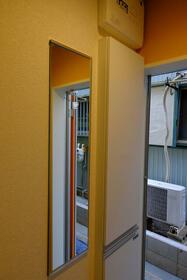 ユナイト横浜セシル・キャンベル 102号室の玄関