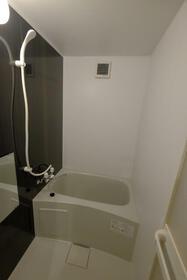 ユナイト横浜セシル・キャンベル 102号室の風呂
