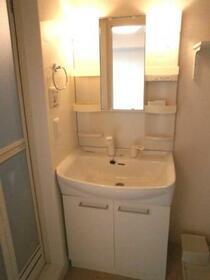 パルティールC 203号室の洗面所