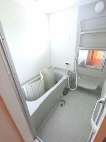 ラピス・スクェア D201号室の風呂