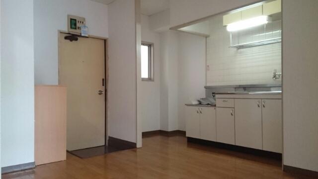 メゾン栄和 01010号室のキッチン