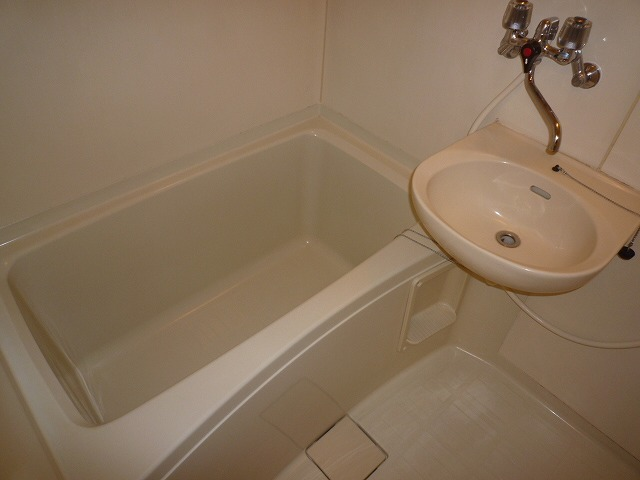 メゾン栄和 01010号室の風呂