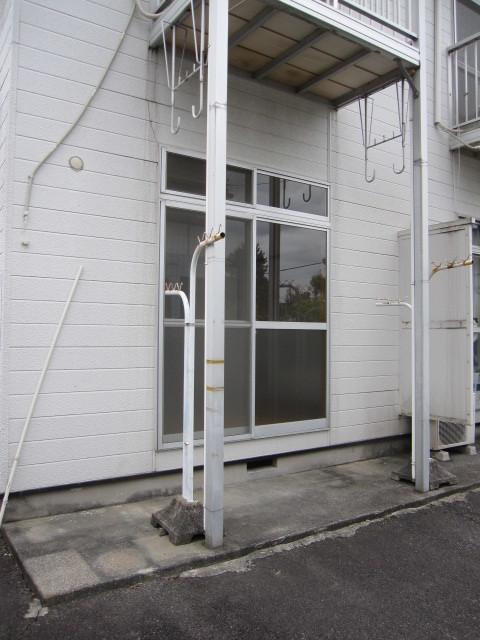 ジュネスシモガキ 01020号室のバルコニー