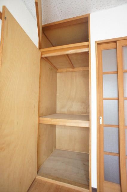 エルディム藤ニュータウン2 01010号室の収納