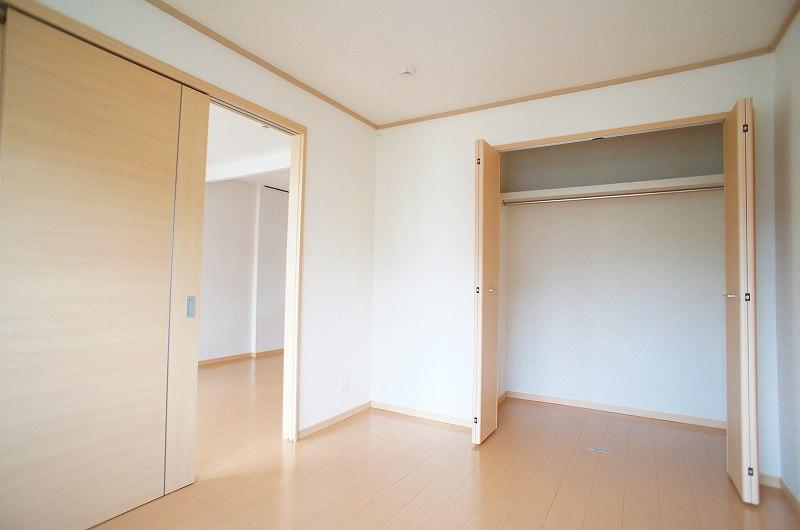 サンシティ竹内 02040号室の収納
