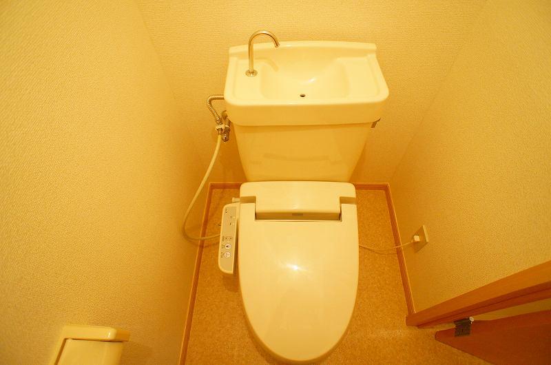 サンシティ竹内 02040号室のトイレ