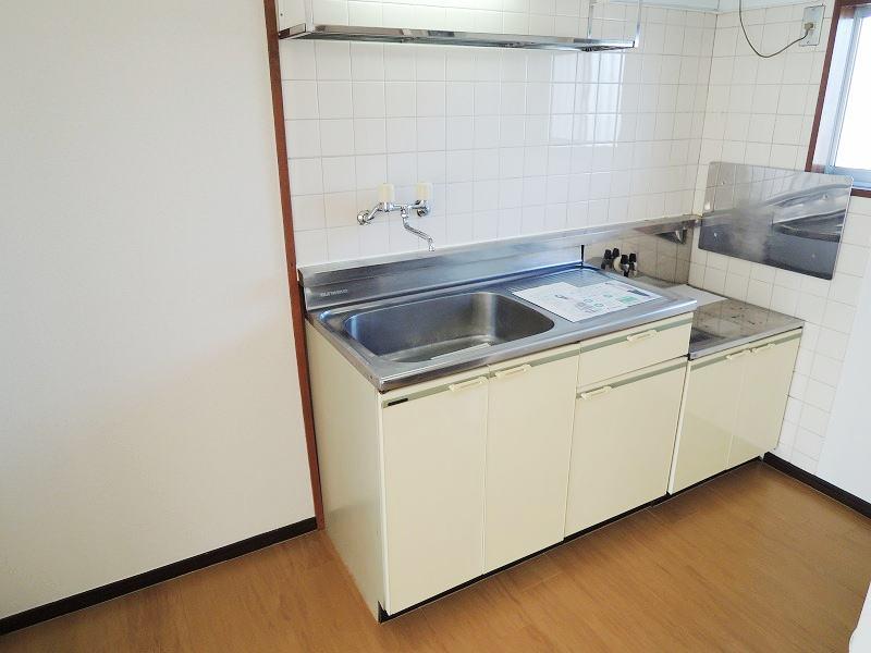 エルディム藤ニュータウン3 02030号室のキッチン