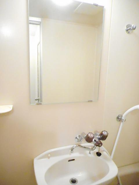エルディム藤ニュータウン3 02030号室の洗面所