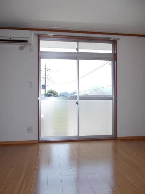 エルディム和田入 02040号室のリビング