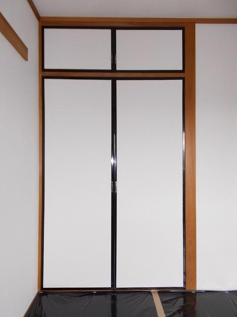 ピースファルハイツ 02040号室の収納