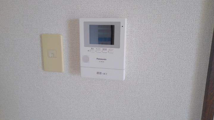 エルディム川島 01010号室のセキュリティ