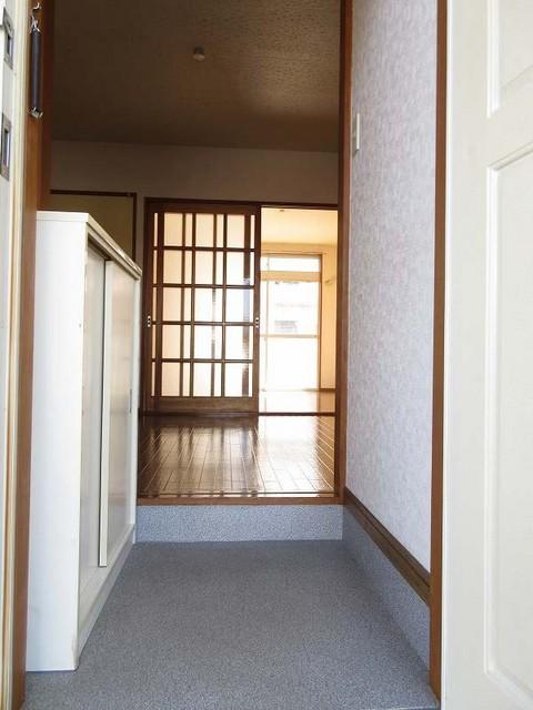 ハイツユーユー 01010号室の玄関