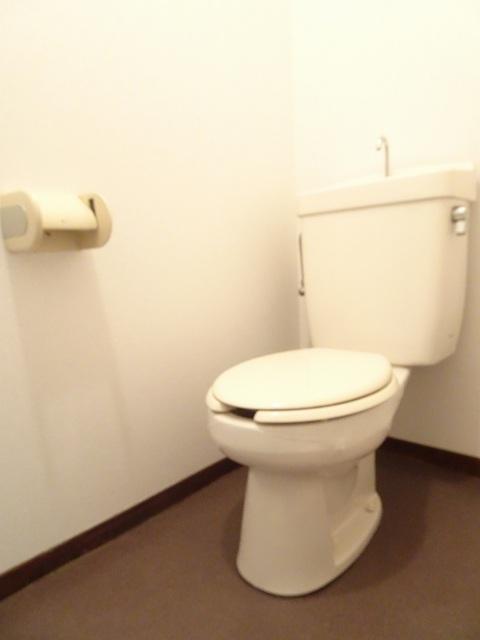エルディム小野 02030号室のトイレ
