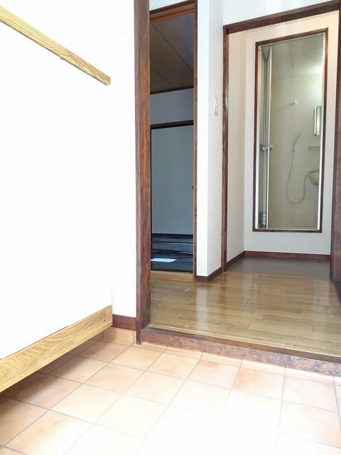 エルディム小野 02030号室の玄関