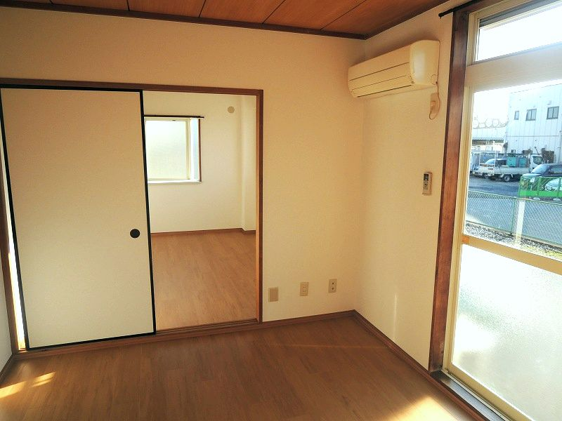 ロイヤル川田 01010号室のその他設備